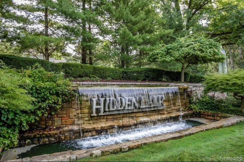 Listing Photo for 9030 Hidden Crt W
