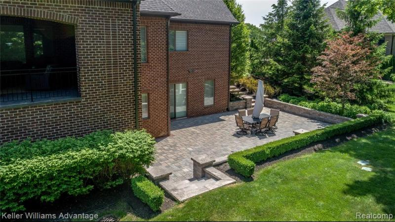 Listing Photo for 21421 Equestrian Trl