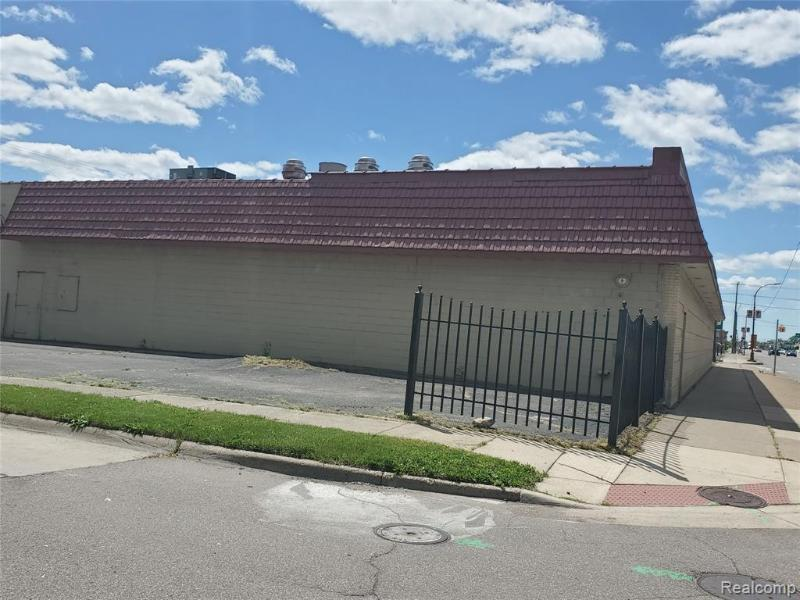 Listing Photo for 24116 Van Dyke Ave