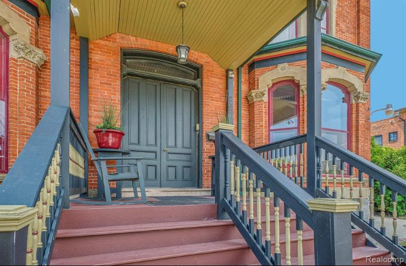 Listing Photo for 234 Winder St