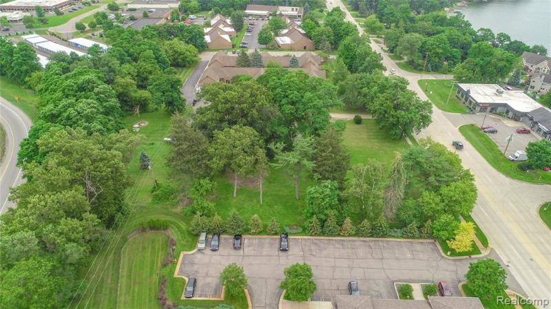 Listing Photo for 10233 Grand River Rd