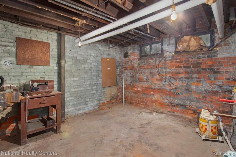 Listing Photo for 1733 Canton St