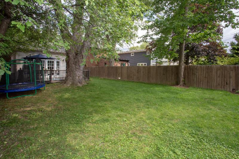 Listing Photo for 10415 Hart Ave