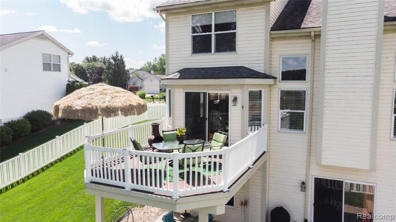 Listing Photo for 1456 St Lawrence Crt