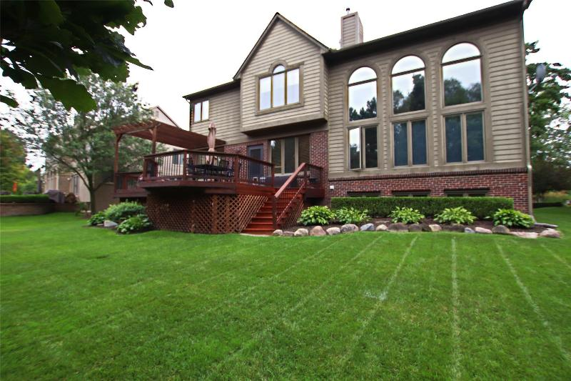 Listing Photo for 1272 Welland Dr