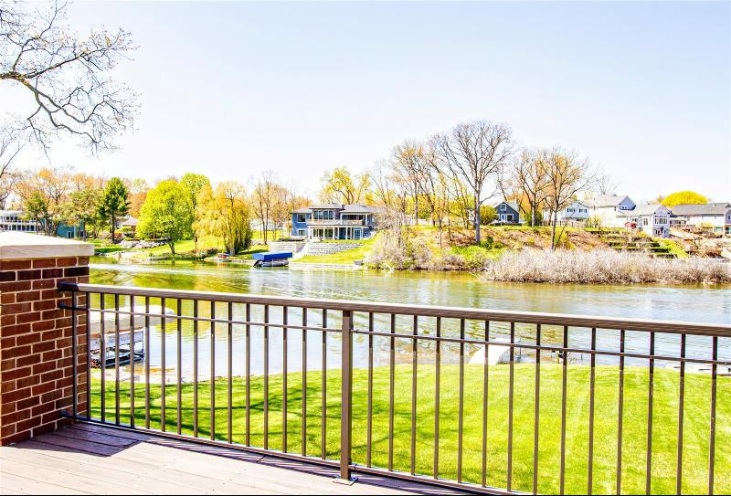 Listing Photo for 4232 Bay Shores Dr