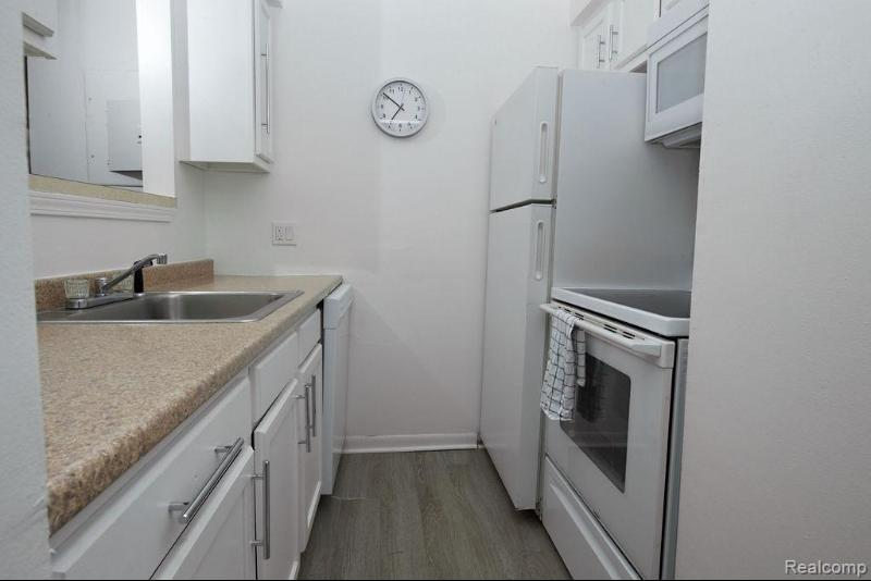 Listing Photo for 5941 Hatchery Rd Apt 101