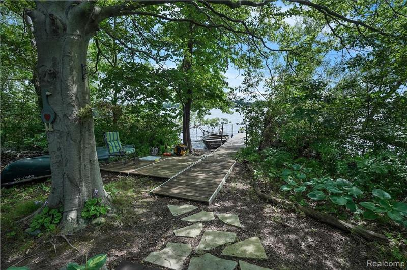 Listing Photo for 2550 Gale Island St