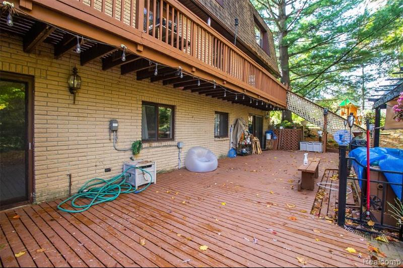 Listing Photo for 22935 Timberline Dr