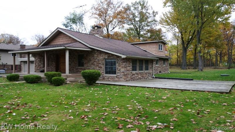 Listing Photo for 21059 Parke Ln