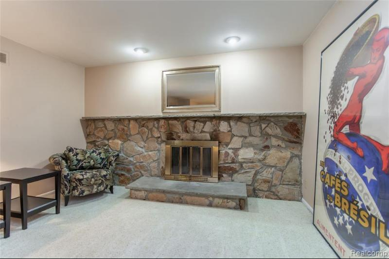 Listing Photo for 21622 Riverview Dr
