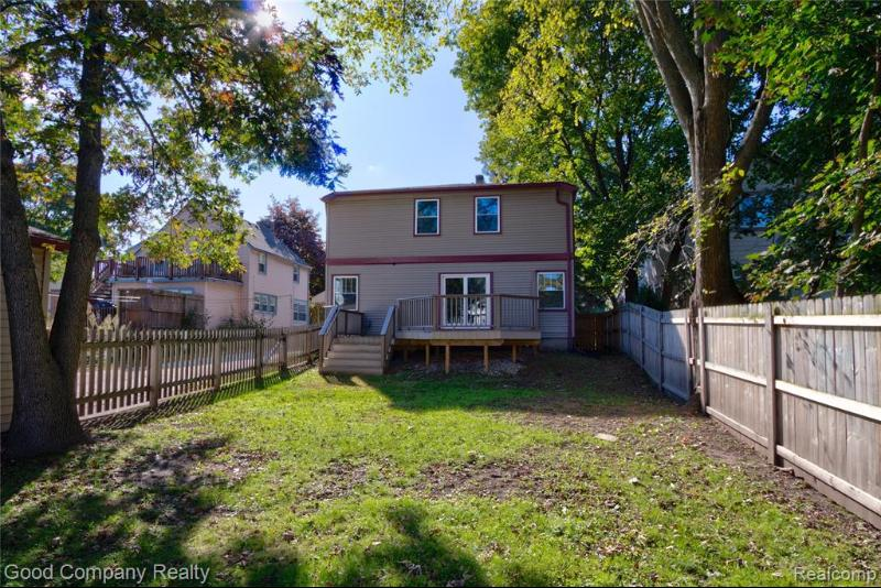 Listing Photo for 202 Willis Ave