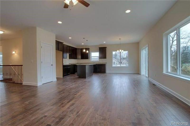 Listing Photo for 70664 Sunny Brook Ln