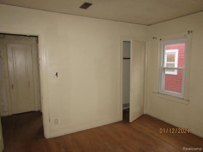 Listing Photo for 17319 Runyon St