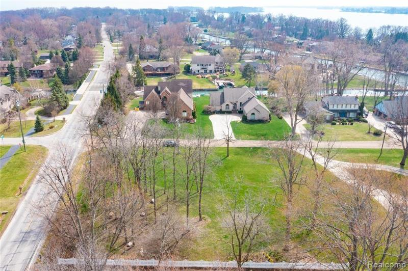 Listing Photo for Vac Southpointe