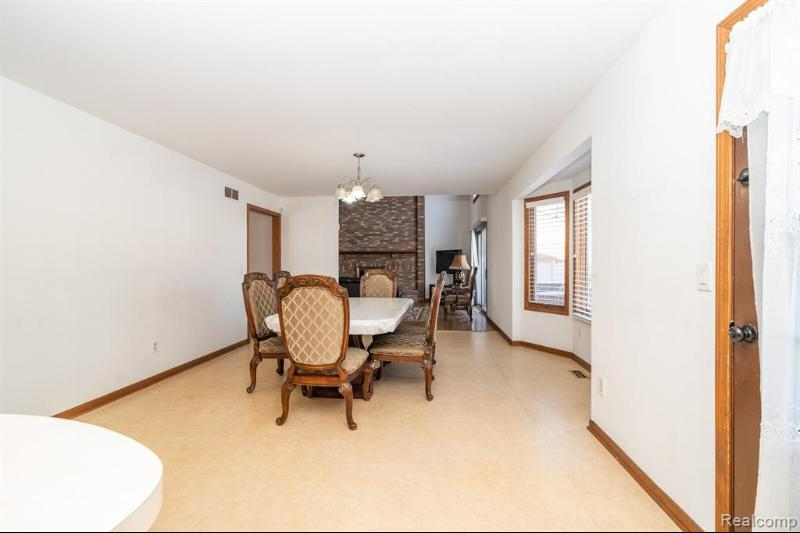 Listing Photo for 38920 Westchester Rd