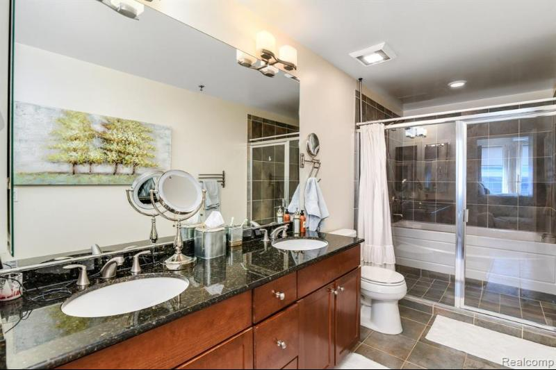 Listing Photo for 3670 Woodward Ave 501