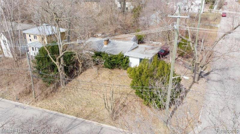 Listing Photo for 923 Wildt St