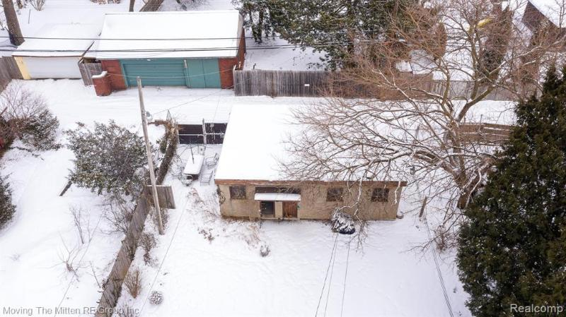 Listing Photo for 1060 Parker St