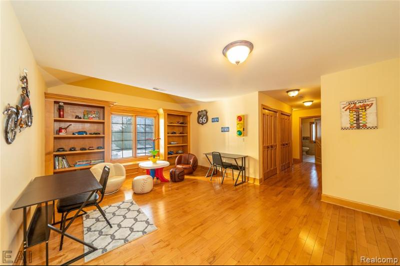 Listing Photo for 19770 Westhill St