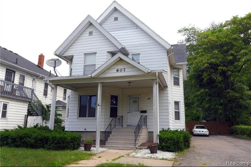 Listing Photo for 607 East St