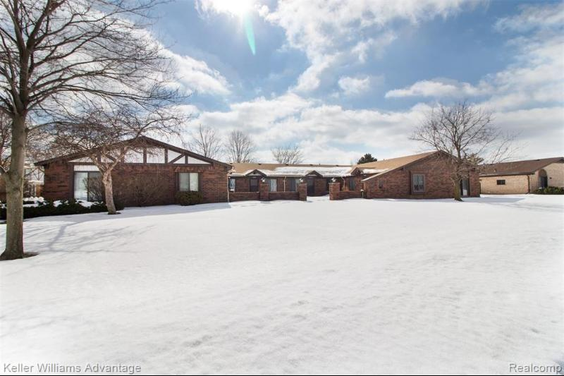 Listing Photo for 32825 Valley Dr