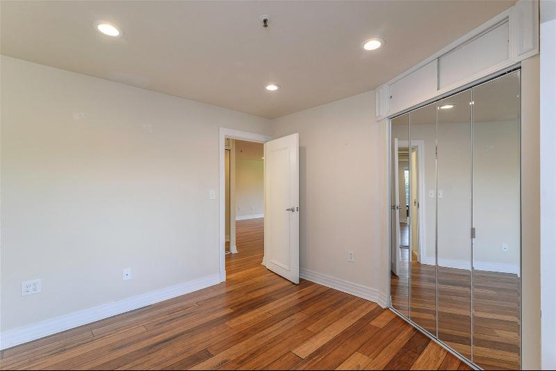 Listing Photo for 1001 W Jefferson Ave 2e