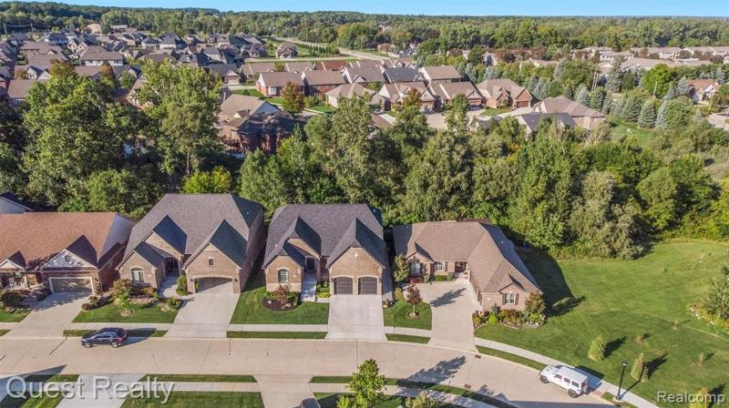 Listing Photo for 60047 Cherry Hill Dr