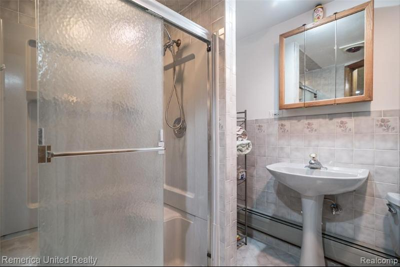 Listing Photo for 16910 Hubbard St