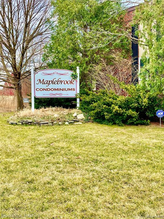 Listing Photo for 5410 Maplebrook Ln