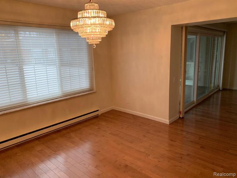 Listing Photo for 3415 Benjamin Ave Apt 109