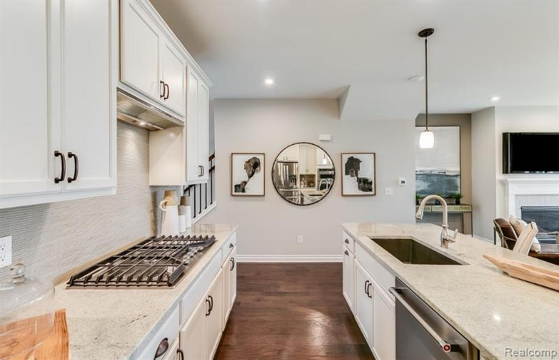 Listing Photo for 4860 Broomfield Way 59