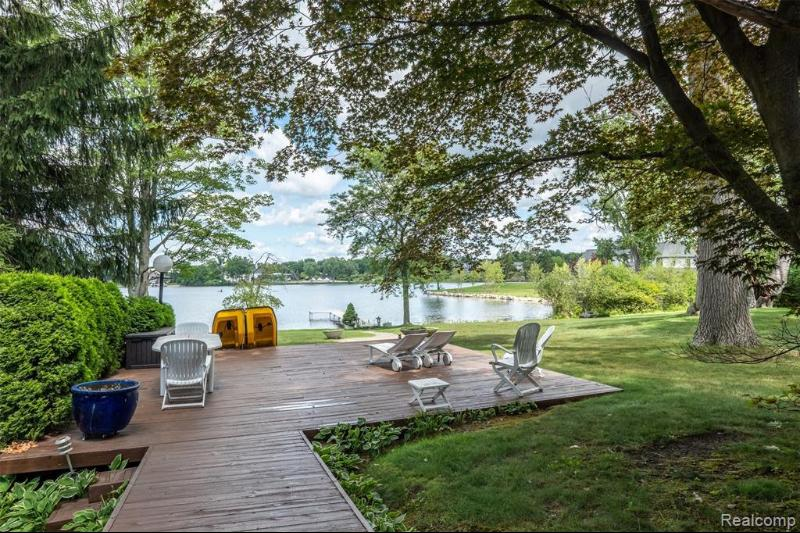 Listing Photo for 3201 W Shore Dr