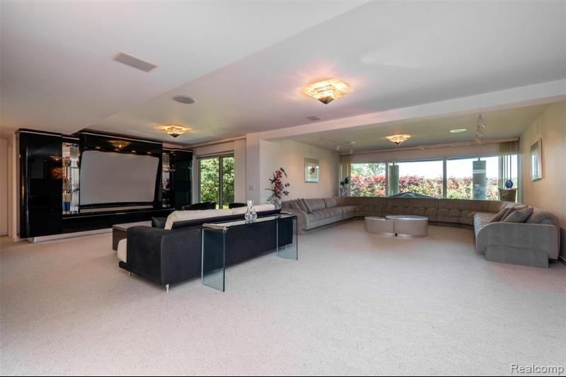 Listing Photo for 3612 Shoreview Crt