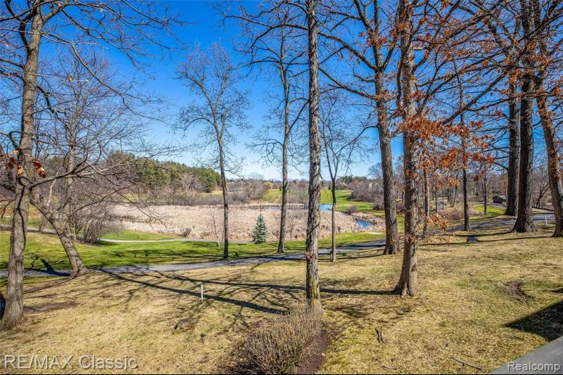 Listing Photo for 1942 Tuckaway Dr