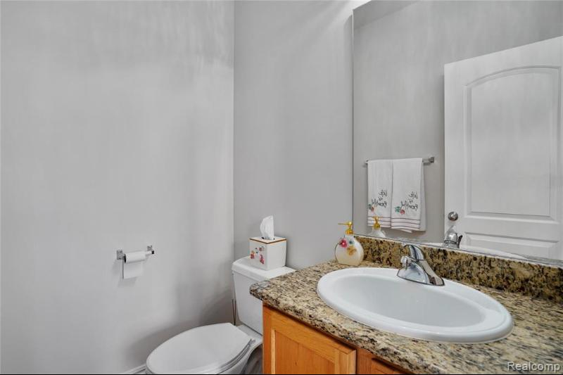Listing Photo for 49202 Peninsular Dr N