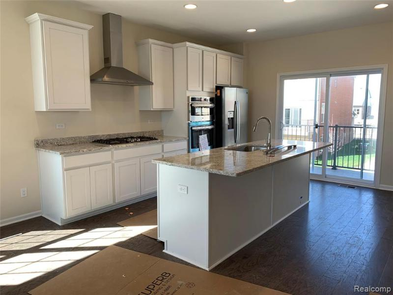 Listing Photo for 47676 Alden Terrace S  36