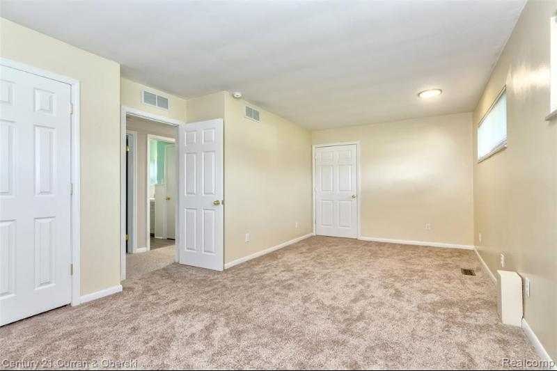 Listing Photo for 8830 Morrison Ave