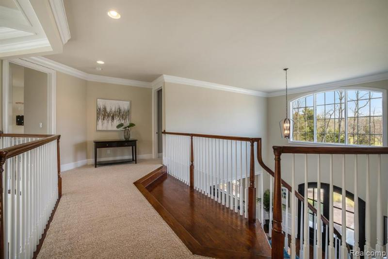 Listing Photo for 2280 Highland Dr