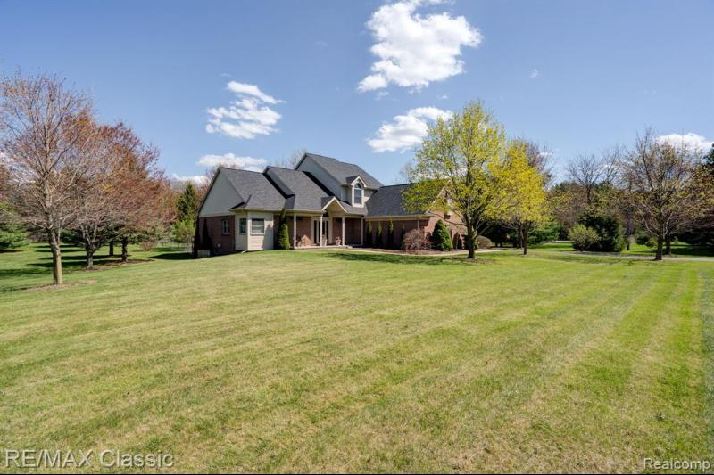 Listing Photo for 10354 S Homestead Ln