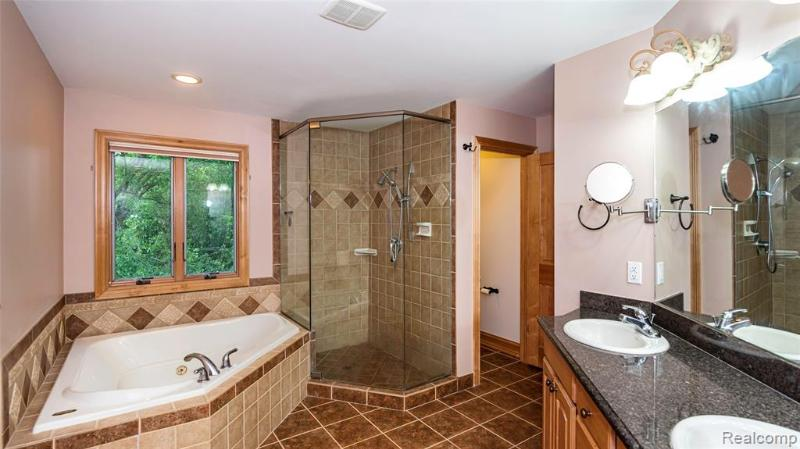 Listing Photo for 1378 Regents Park Crt