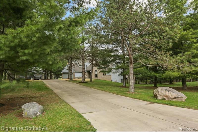 Listing Photo for 8584 Whispering Pines Dr Sw