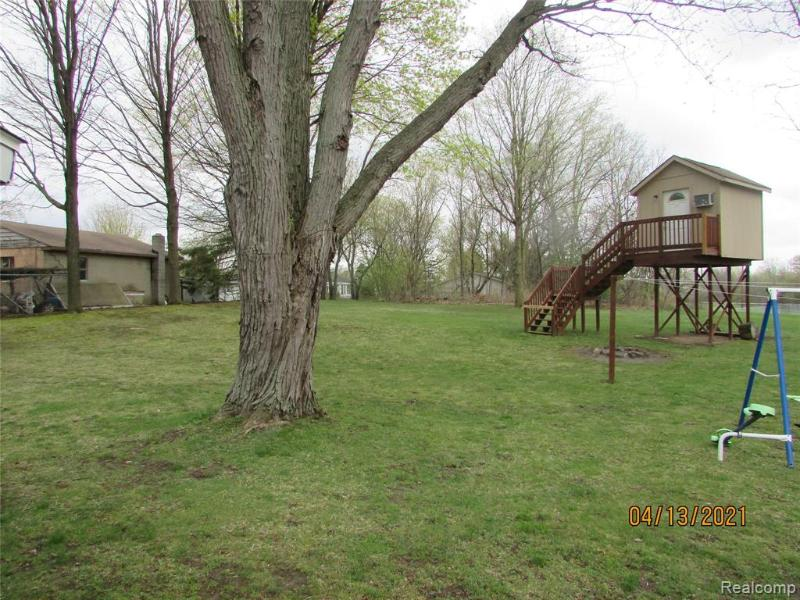 Listing Photo for 6142 S Center Rd
