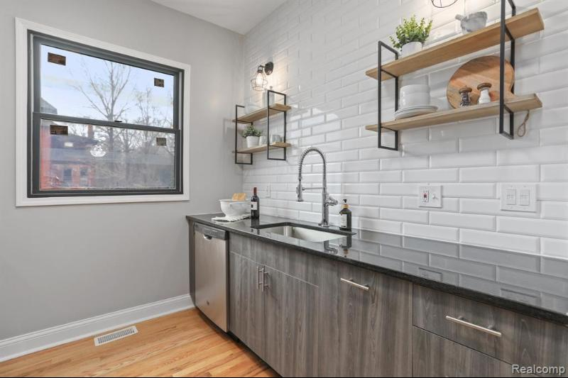 Listing Photo for 4116 Trumbull St 1