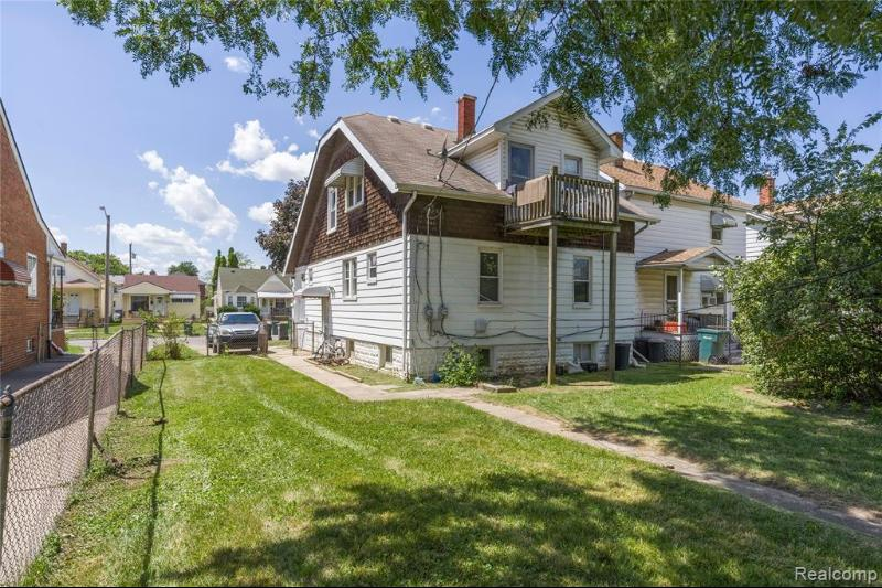 Listing Photo for 7512 Maple St. St