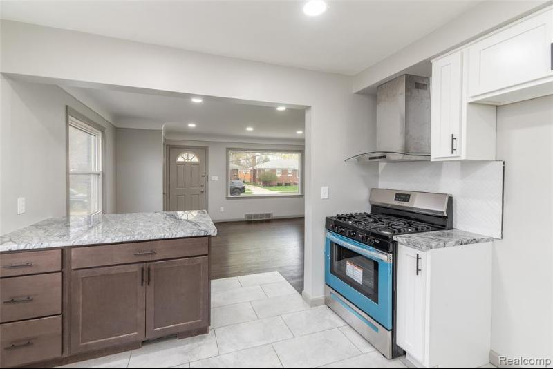 Listing Photo for 25894 Koontz St