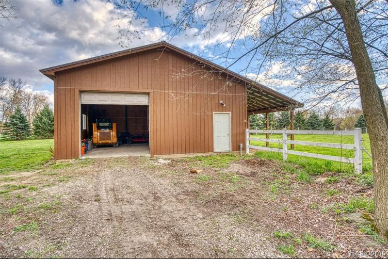 Listing Photo for 16556 Dutton Rd