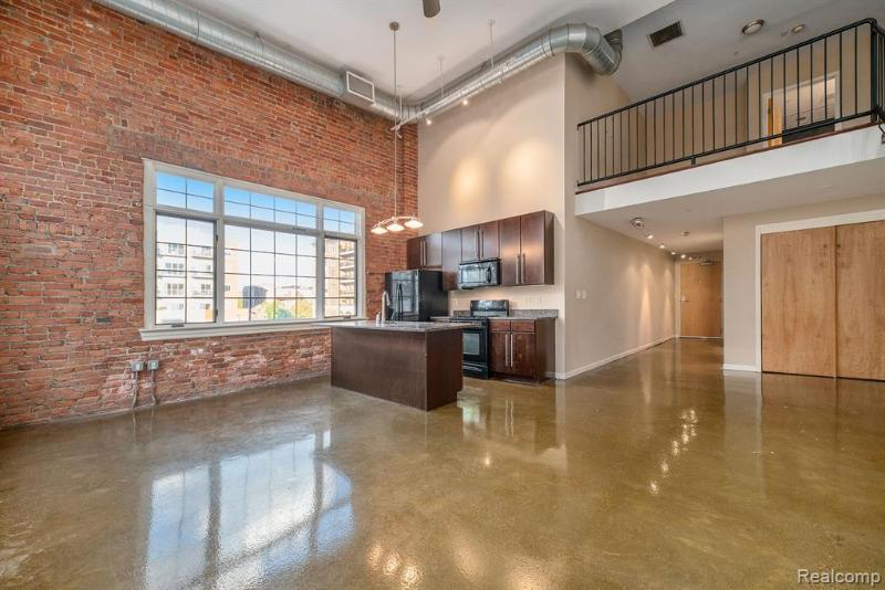Listing Photo for 3100 Woodward Ave 206