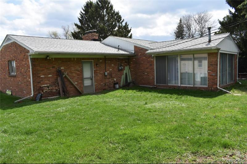 Listing Photo for 2340 S Rochester Rd