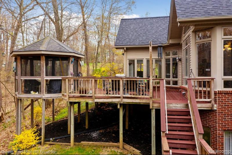 Listing Photo for 1068 Ravensview Trl